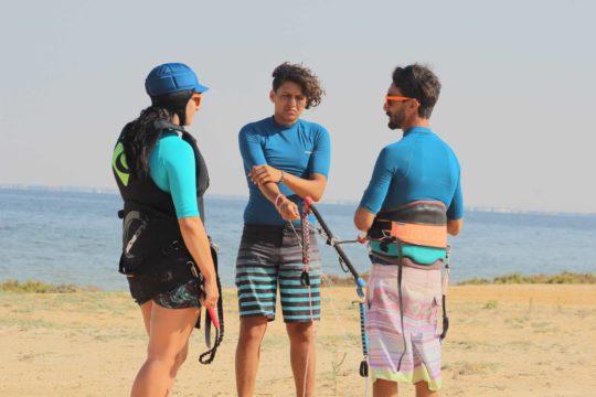 Kitesurfing-Kitebording-djerba-tunisia-kite-school-club-vacances-planche-voile-stage-kitesurf-djerba